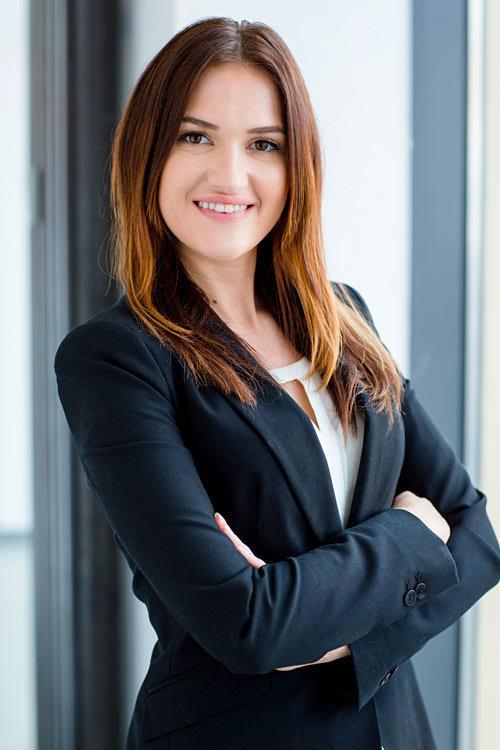Promoter(in) Adrienne aus Stuttgart, Größe 172, Deutsch Muttersprache