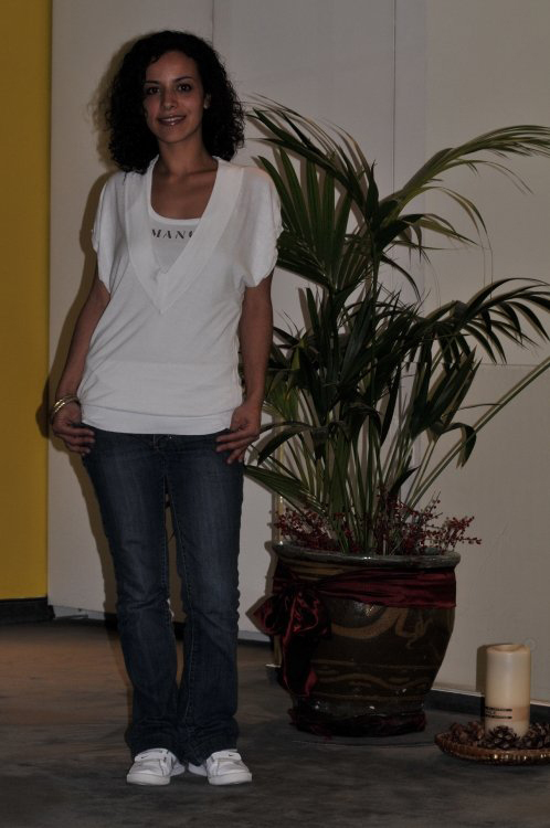Model Ana aus Berlin Haarfarbe: braun (dunkel)