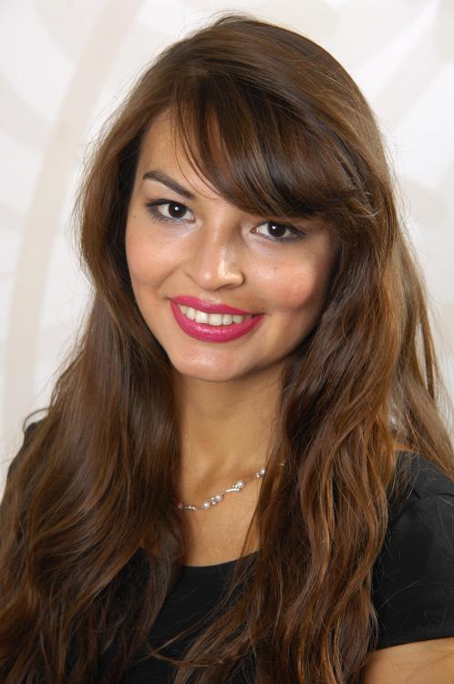 Model Gabriela aus Jena Haarfarbe: braun (mittel)