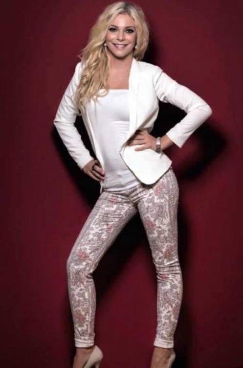 Model Sophia aus Marburg Haarfarbe: blond (hell)