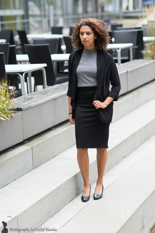Hostess Kim Kira aus Hannover, Konfektion 36, Studium Lehramt / Füba