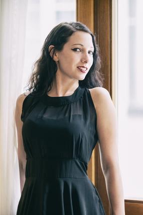 Model Marlene aus Olfen Haarfarbe: schwarz