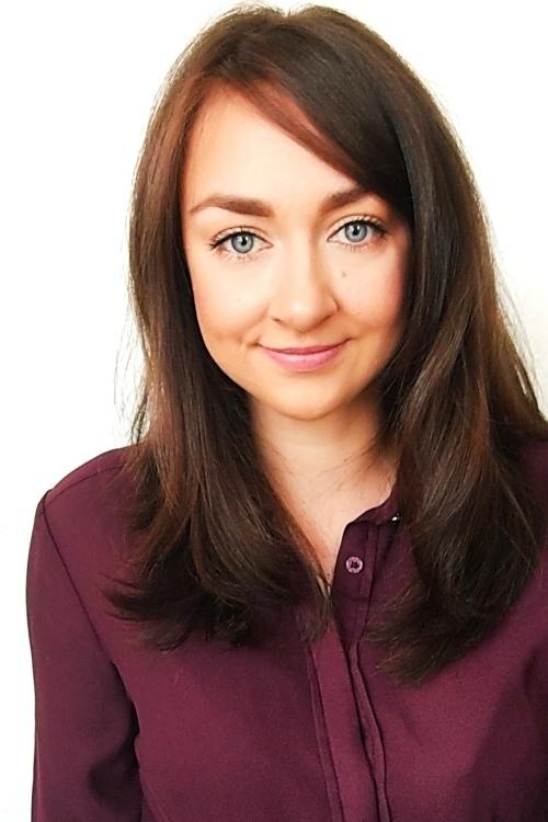 Model Daria aus Gießen Haarfarbe: braun (mittel)