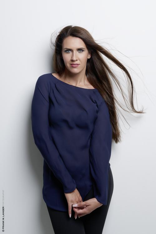 Model Ewgenija aus Bornheim Haarfarbe: braun (mittel)