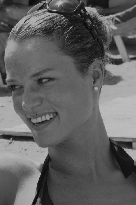 Model Nadja aus Konstanz Haarfarbe: braun (hell)
