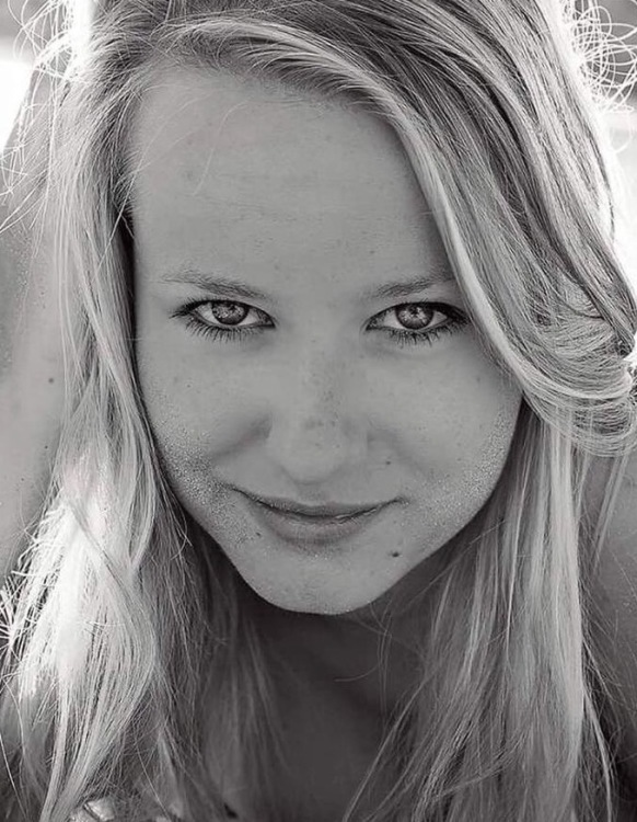 Hostess Judith aus Hamburg, Konfektion 36, Studium
