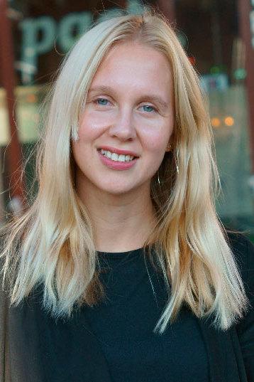 Marta aus Essen Haarfarbe: blond (hell), Augenfarbe: blau-grün, Größe: 174, Deutsch: 0, Englisch: , Französisch: , Spanisch:
