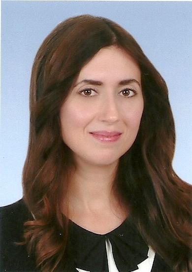 Hostess Mehtap aus Nürnberg, Nationalität Deutsch, Haarfarbe braun (mittel)