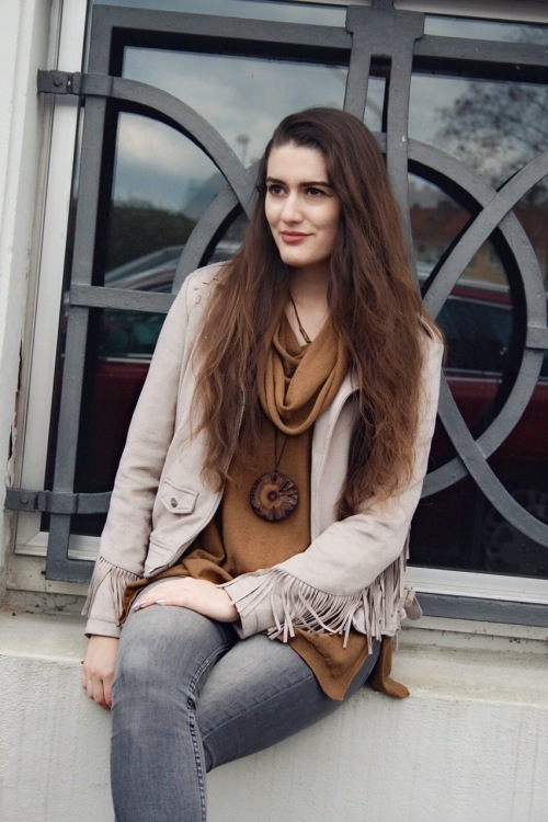 Hostess Natalie aus Aschaffenburg, Konfektion 36, Studium Onlinejournalismus