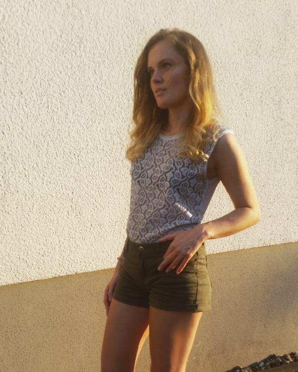 Hostess Laura aus Köln, Konfektion 36, Studium Angewandte Medien