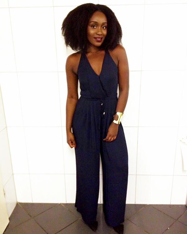 Model Fanni Ashardey aus Mülheim an der Ruhr  Haarfarbe: schwarz