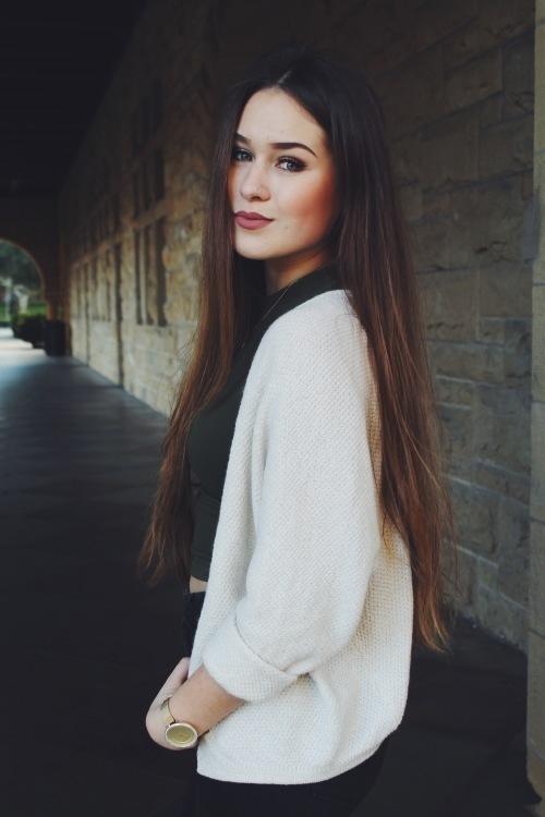 Katja aus Mönchengladbach Haarfarbe: braun (mittel), Augenfarbe: grün-grau, Größe: 172