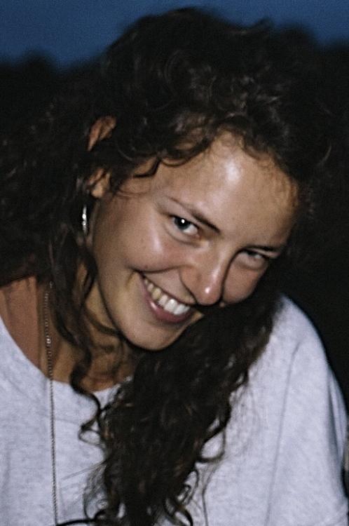 hannah aus Köln Haarfarbe: braun (mittel), Augenfarbe: blau, Größe: 173, Deutsch: 0, Englisch: , Französisch: , Spanisch: