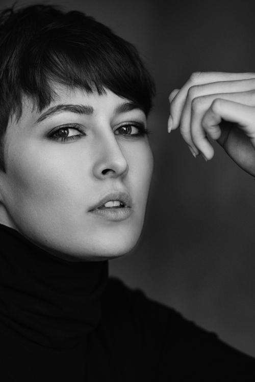Model Tamara aus Düsseldorf Haarfarbe: braun (mittel)