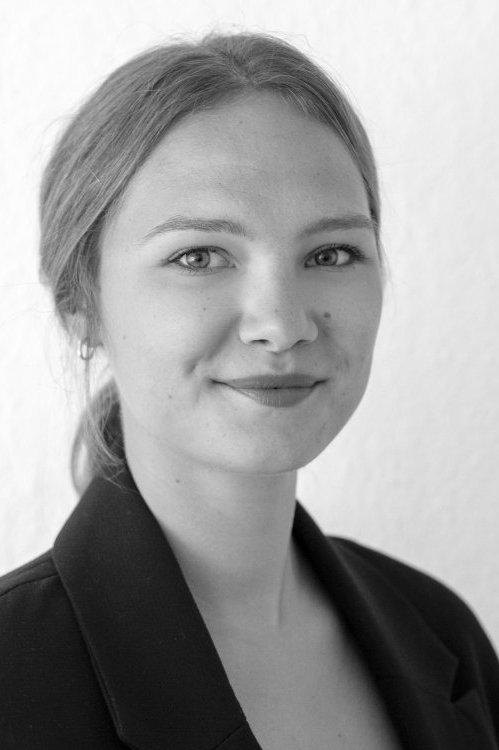 Model Justyna aus Hagen Haarfarbe: blond (mittel)