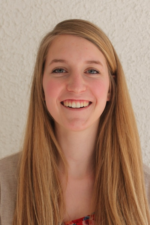 hostess Petra, Studium: Gesundheitswissenschaft