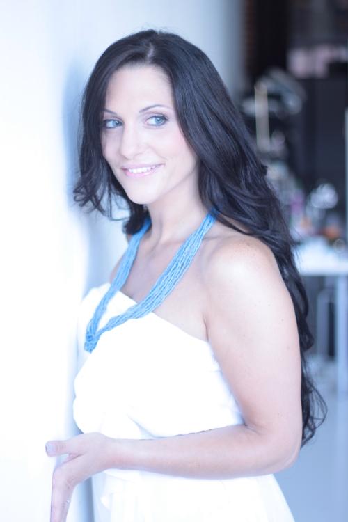 Promoter(in) Elvira aus Stuttgart, Größe 173, Deutsch Muttersprache