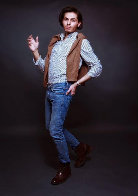 Model Ahmed Anis aus Bad Neuenahr-Ahrweiler  Haarfarbe: braun (mittel)