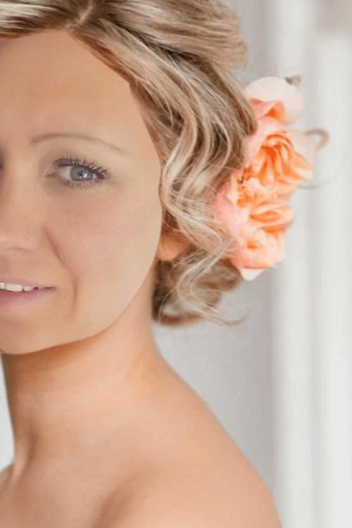 Model Sonja aus Berlin Haarfarbe: blond (mittel)