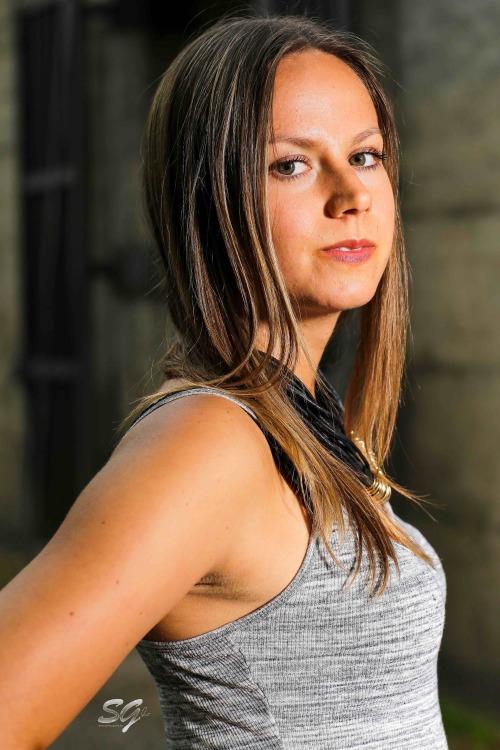 Susan aus Essen Haarfarbe: braun (mittel), Augenfarbe: braun-grün, Größe: 167